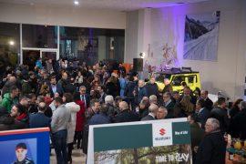 Público Inauguración Talleres Viper Suzuki Ourense